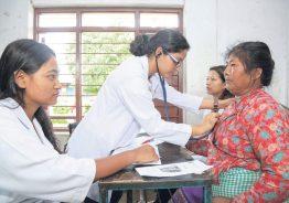 रुरु गाउँपालिकाका स्वास्थ्यचौकीहरूमा ल्याबसेवा सहित MBBS डाक्टरहरु द्वारा स्वस्थ परिक्षण